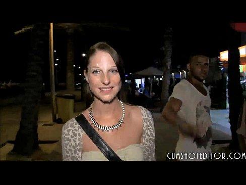 German Brunette Amateur Spermwalk In Mallorca