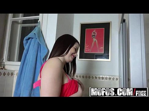 Mofos – Public Pick Ups – Euro Babe With Perky Tits Starring Nana