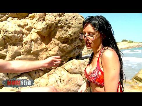 Raquel Abril Hard Beach Fucking