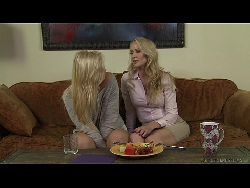 Do You Like Older Woman? – Melissa May, Simone Sonay