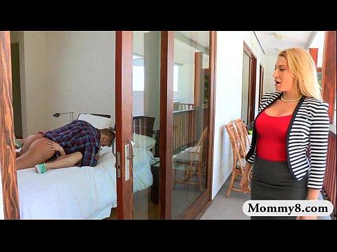 Big Boobs Mature Stepmom Jennifer Best Threeway With Teens