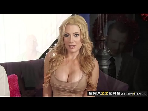 Brazzers – Milfs Like It Big – (Jennifer Best, Johnny Sins) – The Bating Game