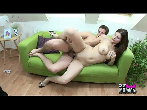 SexyMomma.com-Horny Chica Amateur Loves Get Huge Hard On In Head Till Yoghurt