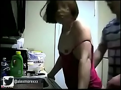 Cousin Teen Has A Quickie In The Kitchen  = WATCH MORE => Https://ouo.io/xbrW2D