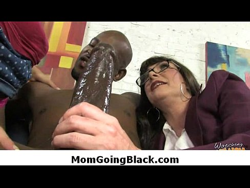 Interracial MILF Porn-18